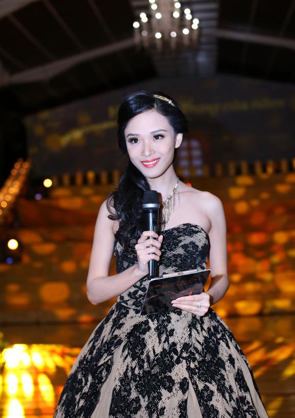 Tiết lộ thân thế ít biết về Hoa hậu vừa bị bắt khẩn cấp Trương Hồ Phương Nga - H13