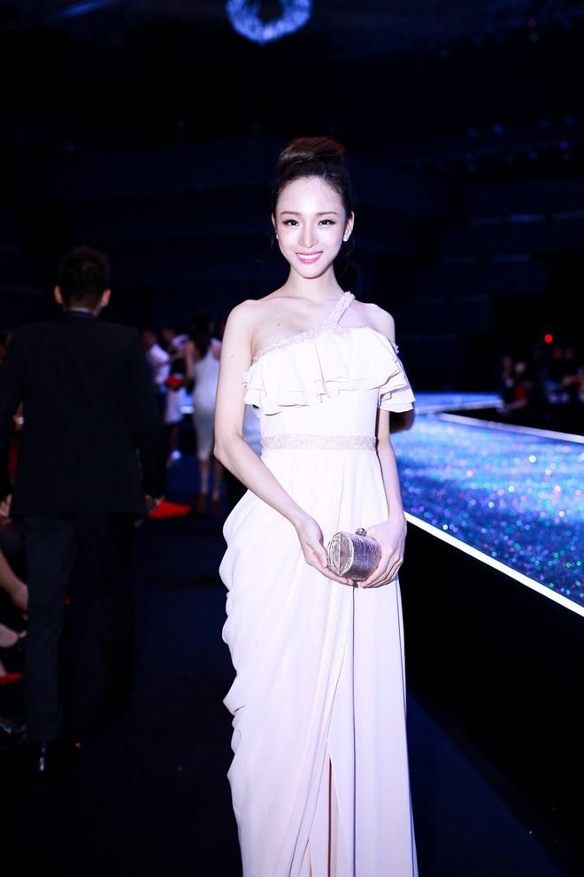 Tiết lộ thân thế ít biết về Hoa hậu vừa bị bắt khẩn cấp Trương Hồ Phương Nga - H5