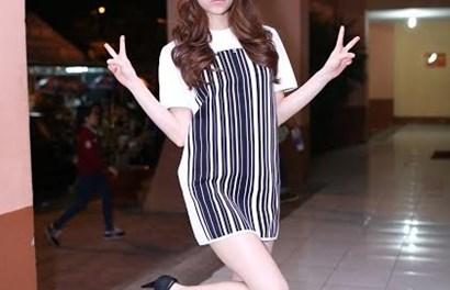 Hà Hồ diện váy ngắn tạo dáng nhí nhảnh như teen girl tại The Remix