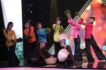 Mi-A được trả 10 triệu để hát nhạc dân ca