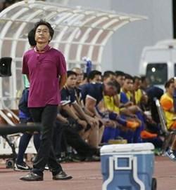 Sau thất bại tuyển Việt Nam trước Thái Lan: Sự lạc lõng của ông Miura