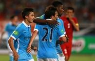 Tuyển Việt Nam - Manchester City: Trận thua 1-8 và miếng hamburger giá... 40 tỉ đồng