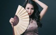 Hoa hậu quý bà Sương Đặng khoe nét quyến rũ trong bộ ảnh mới