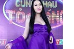 Phi Thanh Vân mặc gợi cảm, bế bụng bầu đi thi gameshow