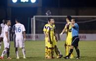 Pha bóng bạo lực của Quế Ngọc Hải: Phạt nghiêm từ trọng tài đến cầu thủ