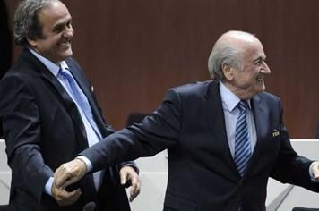 FIFA tiếp tục rúng động bởi nghi án hối hộ, tham nhũng
