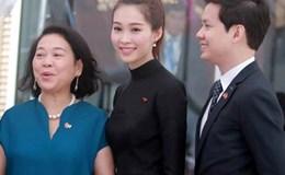 Hoa hậu Đặng Thu Thảo rạng rỡ bên bạn trai đi gặp Tổng thống Obama