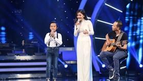 Hồ Văn Cường khoe giọng ca ngọt ngào trên sân khấu Vietnam Idol 2016