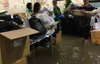 Sau mưa lớn, biệt thự triệu đô của Đàm Vĩnh Hưng ngập trong nước