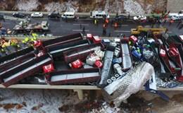 Trung Quốc: 56 ôtô đâm liên hoàn khiến 17 người thiệt mạng