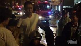 Nạn nhân đám cháy được Tuấn Hưng cứu bất ngờ lên tiếng