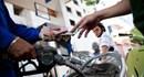 Nóng: Giá xăng giảm mạnh, 730 đồng/lít từ 15h ngày 3.2