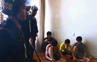 Video: Bắt nhóm người Trung Quốc lừa đảo qua mạng quy mô lớn