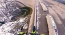 Không thể tin nổi: Đi trên song sắt cao 200m