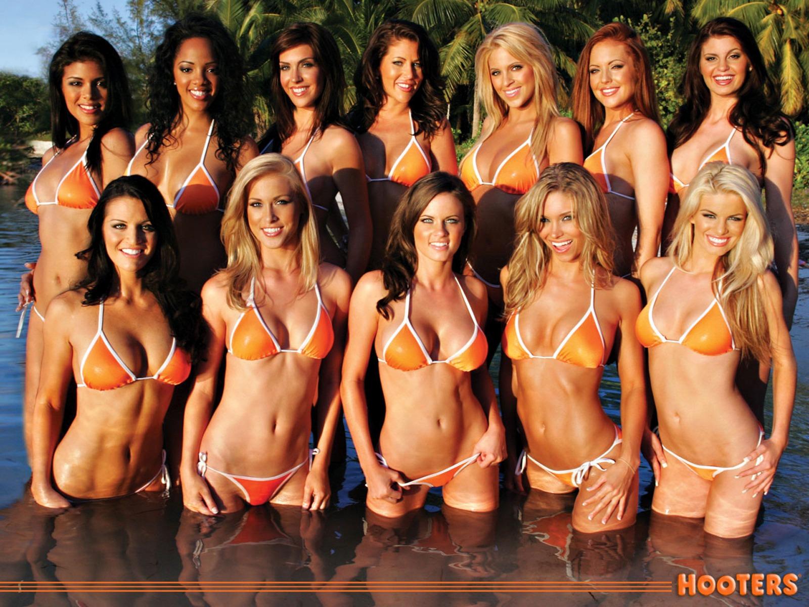 Группы голых девушек