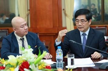 Bộ trưởng Cao Đức Phát qua Báo Lao Động gửi lời xin lỗi đến nhân dân