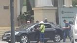 """TP.Hồ Chí Minh: """"Cò"""" ngang nhiên thu phí đậu xe ôtô dưới lòng đường"""