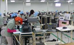 Đổi mới hoạt động công đoàn từ việc chăm lo công nhân lao động