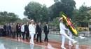 Đoàn đại biểu Tổng LĐLĐ Việt Nam vào lăng viếng Chủ tịch Hồ Chí Minh