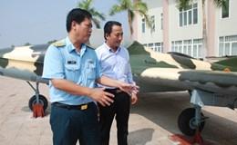 Bảo tàng tỉnh Bình Phước được tặng 2 máy bay chiến đấu