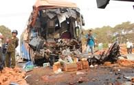 Đắc Lắc: Xe khách đâm xe tải, 2 người chết, 16 người bị thương
