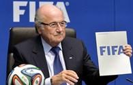 54 thành viên UEFA dọa rút khỏi FIFA nếu Blatter không từ chức