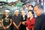 Phó Chủ tịch Nước Nguyễn Thị Doan thăm, động viên dân vùng lũ Quảng Ninh