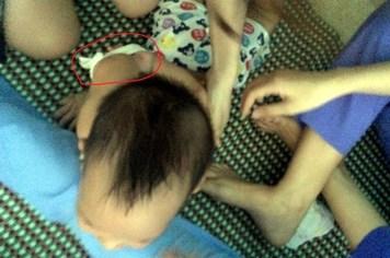 Dừng hoạt động cơ sở mầm non trói và nhét giẻ vào mồm trẻ 15 tháng tuổi