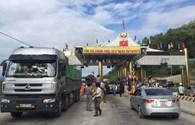 Dân Lương Sơn tiếp tục vây trạm thu phí Hòa Lạc – Hòa Bình