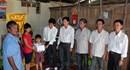 Vụ tai nạn hạ thủy tàu làm 2 người chết ở Cần Thơ: Quỹ Tấm lòng vàng Lao Động trao tiền hỗ trợ cho gia đình 2 nạn nhân