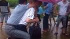Oh My Chuối: Mất chức vì bắt lính cõng qua đường ngập và mưa thôi cũng trôi kè, sập nhà