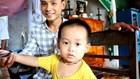 Kinh ngạc cậu bé 3 tuổi ở Huế đọc chữ vanh vách