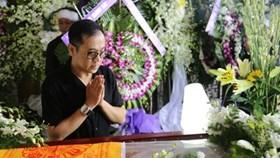 Nghệ sĩ ngậm ngùi tiễn biệt NSƯT Quang Lý