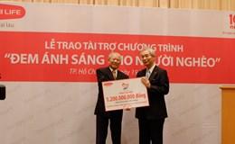 """Dai-ichi Life tài trợ 1,2 tỷ đồng cho chương trình """"Đem ánh sáng cho người nghèo"""""""