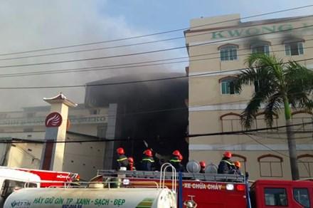 Vụ cháy Cty May Kwong Lung – Meko: Cảnh sát PCCC Cần Thơ bác bỏ thông tin phản ứng chậm