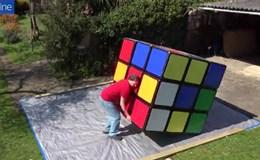 Tận mắt xem màn xoay Rubik nặng 100kg lập kỷ lục