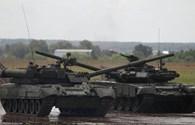 Tiết lộ chi phí sản xuất siêu tăng Armata và Abrams