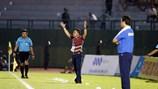 Lần thứ 2 lĩnh án phạt, HLV Nguyễn Đức Thắng nghỉ hết lượt đi V.League 2016