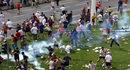 Cận cảnh sự hung bạo của các hooligan Anh - Nga