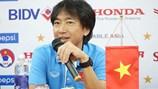 HLV Miura mang CV sang Thái Lan xin việc