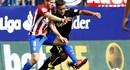 Cầu thủ thuộc biên chế Barca gặp chấn thương khi… ngủ