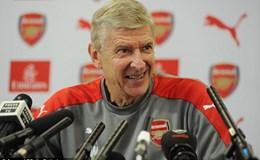 Tỉ lệ chiến thắng của HLV Arsene Wenger trước Chelsea chưa quá 40%