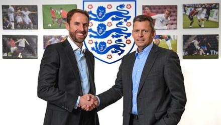HLV Gareth Southgate chính thức là HLV trưởng ĐT Anh