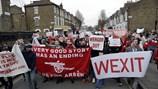 """""""Brexit"""" của nước Anh và """"Wexit"""" của Arsenal và Wenger"""