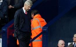 """Bất chấp tất cả, """"Giáo sư"""" Wenger quyết giữ ghế ở Arsenal"""