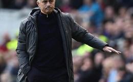 Hết cửa Top 4, Mourinho tính vô địch Europa League để dự Champions League