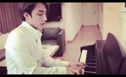 """Ăn mừng MV 100 triệu view, Sơn Tùng M-TP chơi piano """"Nơi này có anh"""" tặng fan"""