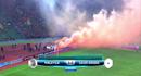 Video: CĐV Malaysia ném pháo sáng làm loạn trên sân nhà ở vòng loại World Cup