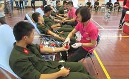 Hiến máu – nên tình nguyện hơn là bắt buộc