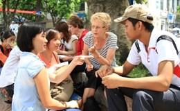 Giới trẻ học ngoại ngữ tại công viên - Đôi điều cần nói